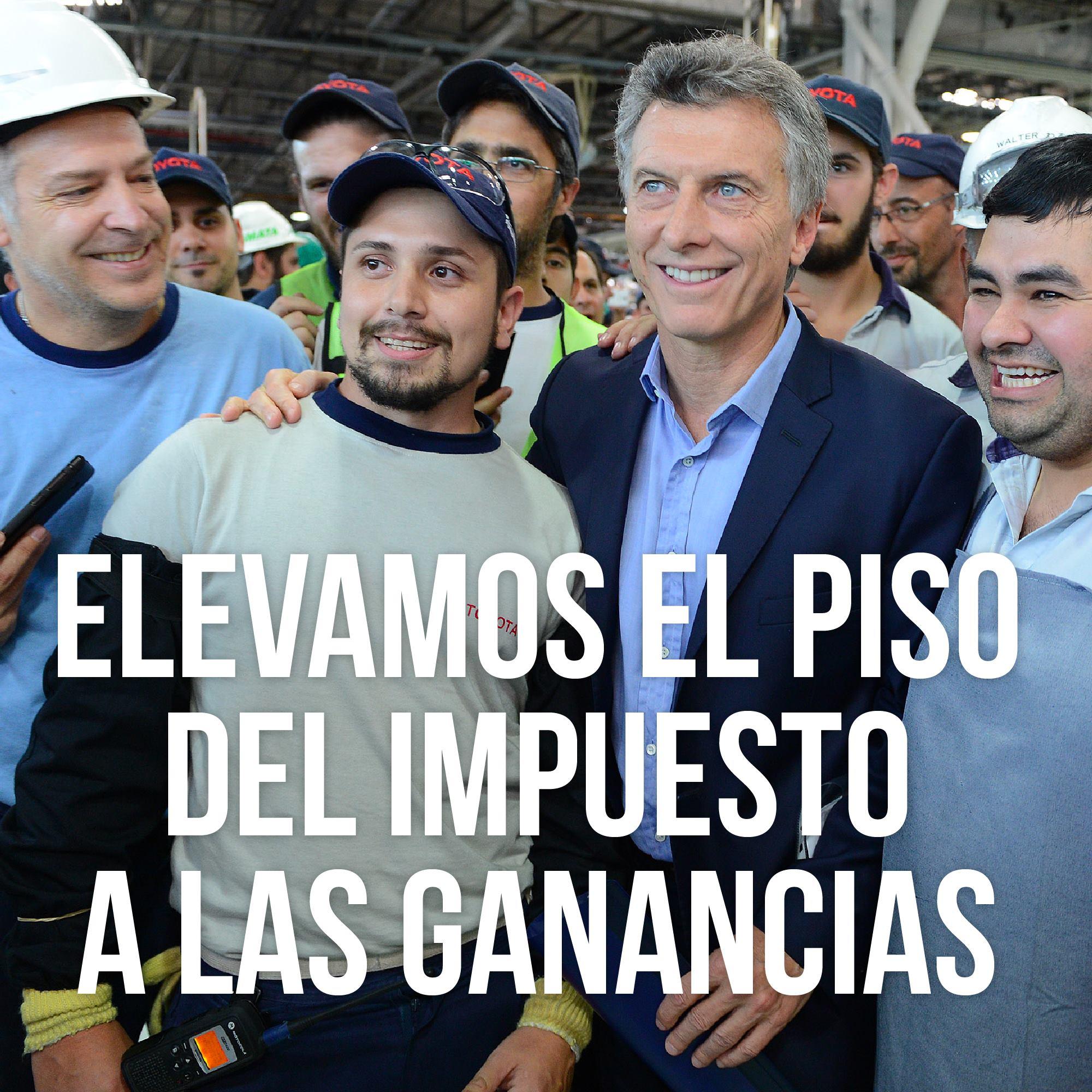 """MACRI: """"Cumpliendo con nuestra promesa de campaña, lo casi triplicamos y millones de argentinos recibieron aumentos de entre 8% y 22% en sus sueldos de bolsillo""""."""
