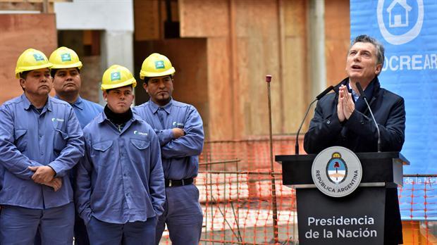 """Macri: """"Hoy consumimos más que el doble que los hermanos de Uruguay o que Chile"""""""