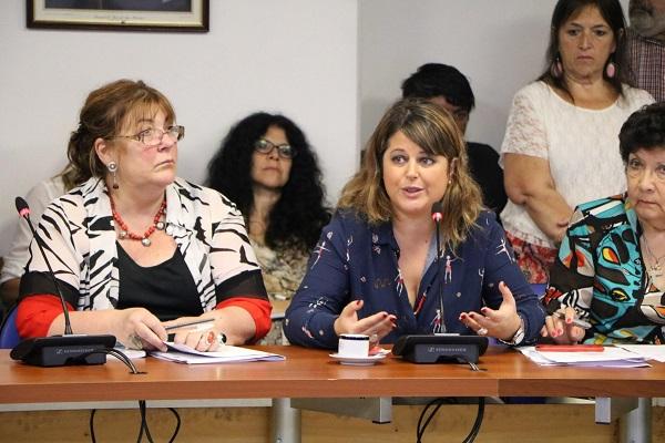 """Carolina Gaillard: """"Debemos fortalecer la producción pública de medicamentos para evitar estos abusos por parte de los laboratorios que actúan de manera cartelizada en el mercado, perjudicando a la población y al Estado con precios sobredimensionados""""."""
