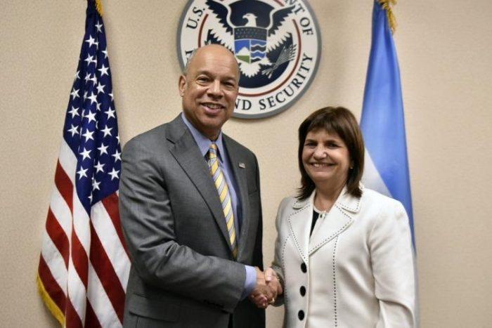 """Tiempo Argentino: """"Patricia Bullrich acordó la instalación de una base de EE.UU. en Misiones"""""""