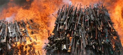 """Alak: """"Argentina es el país que más armas destruyó en el mundo"""""""