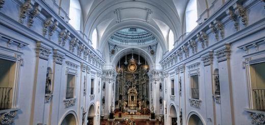 Iglesia semana santa w