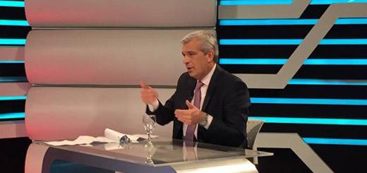 """Domínguez: """"Hicimos una primera industrialización, ya no exportamos porotos de soja, exportamos aceite"""""""