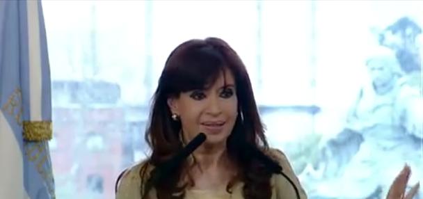 ¿CFK violó la veda electoral en la última cadena nacional?