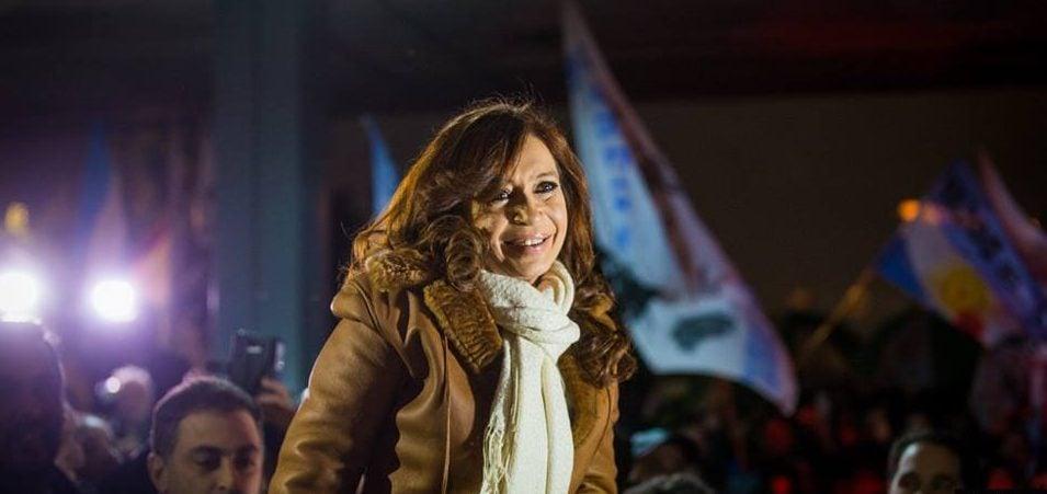 """CFK: """"Dejamos un país con sindicatos que siempre pudieron arreglar las paritarias muy por encima de la inflación"""""""