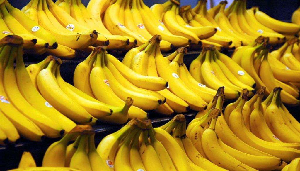 ¿Es cierto que las bananas previenen los calambres?