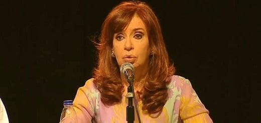 """CFK: """"Desde que se aprobó la ley de movilidad previsional en 2009, a los jubilados nunca les fue tan mal como en 2016"""""""