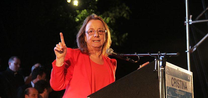 """Es falso que Alicia Kirchner quedó """"acorralada"""" en la casa de gobierno esta semana"""
