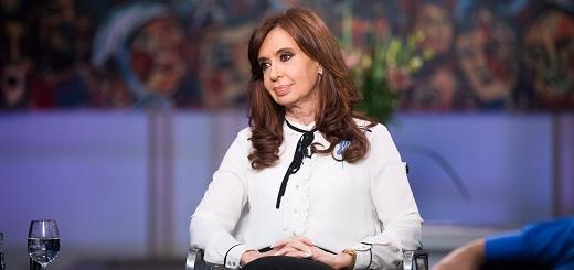 """CFK: """"YPF este año ha tenido el primer resultado negativo en los últimos 20 años"""""""