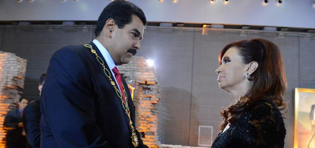 Infobae no comunicó con claridad una nota de humor político sobre CFK y Maduro