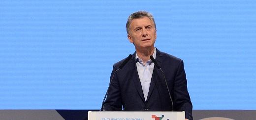"""Macri: """"Hay más de tres mil sindicatos y sólo 600 firman paritarias anualmente"""""""