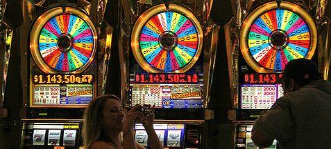 El 80% de los jugadores compulsivos en la Provincia son adictos a las tragamonedas y la ruleta electrónica
