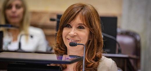 """CFK: """"El Gobierno ya lleva importado un 57% más de petróleo del total importado entre los años 2008 y 2015"""""""