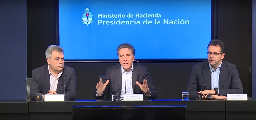 """Dujovne, sobre tarifas: """"El proyecto de la oposición genera un costo fiscal superior a los $100 mil millones por año"""""""