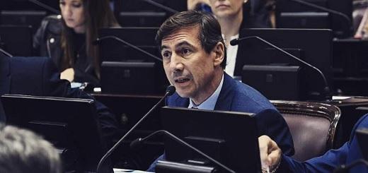 """Naidenoff: """"De las 22 provincias que suscribieron el Consenso Fiscal, hoy 20 tienen superávit. La relación cambió"""""""
