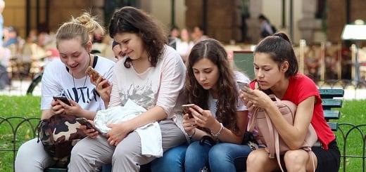 Es falso que números de celulares que se hicieron virales pertenezcan a una red de trata de personas