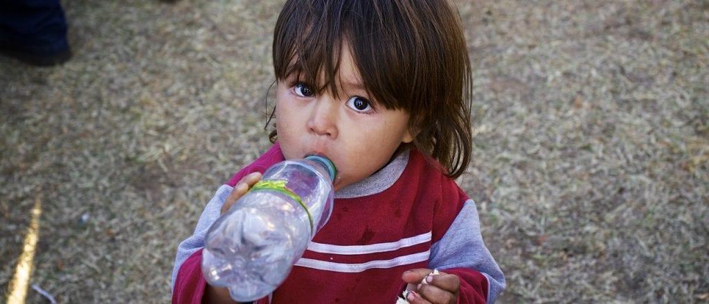 Alberto Fernandez, Del Caño y Espert dicen que la mitad de los chicos son pobres y es verdad