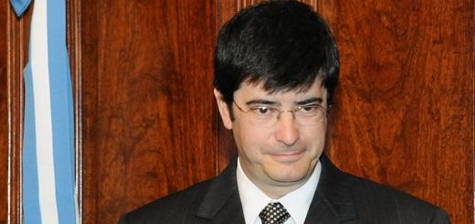 Eugenio Cozzi: el abogado a cargo del control de armas que defiende la tenencia