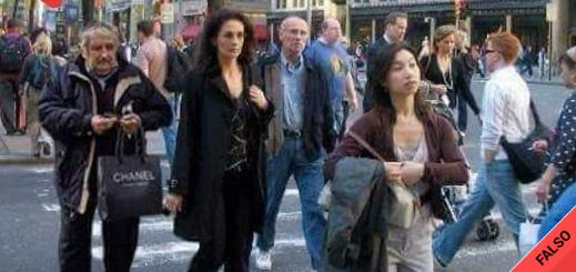 """Es falsa la foto de """"Pepe"""" Mujica con una bolsa de Chanel por las calles de Nueva York"""