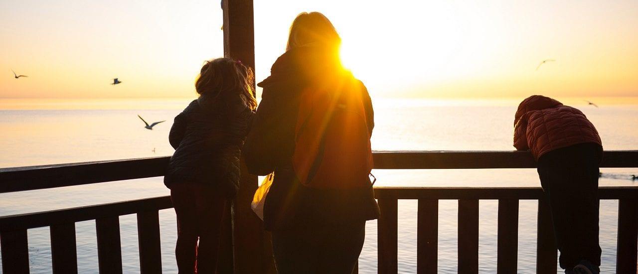 Una de cada diez familias son monoparentales; la gran mayoría con mujeres a cargo