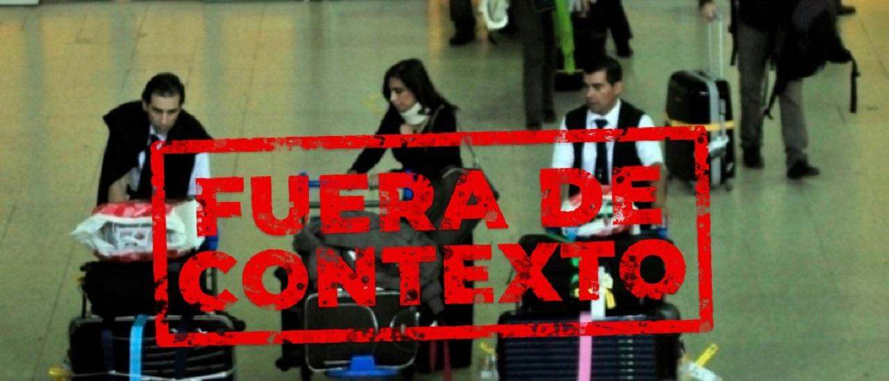 No, la foto de una señora con muchas valijas no es de CFK