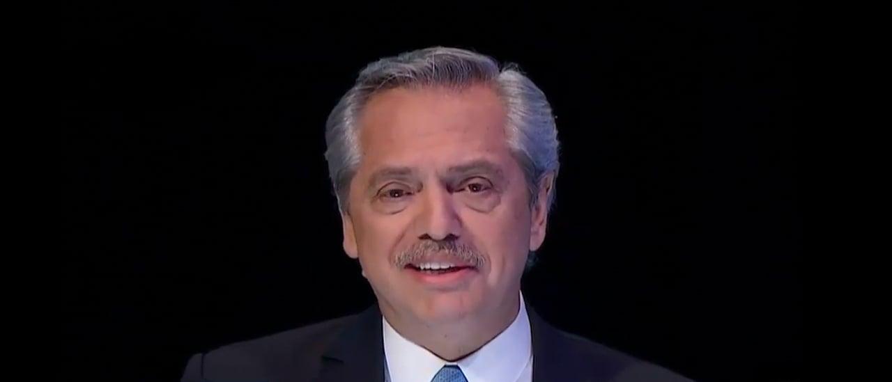 """Fernández: """"Pasaron siete semestres, Presidente. No entró un centavo a la Argentina de inversiones de esas potencias"""""""