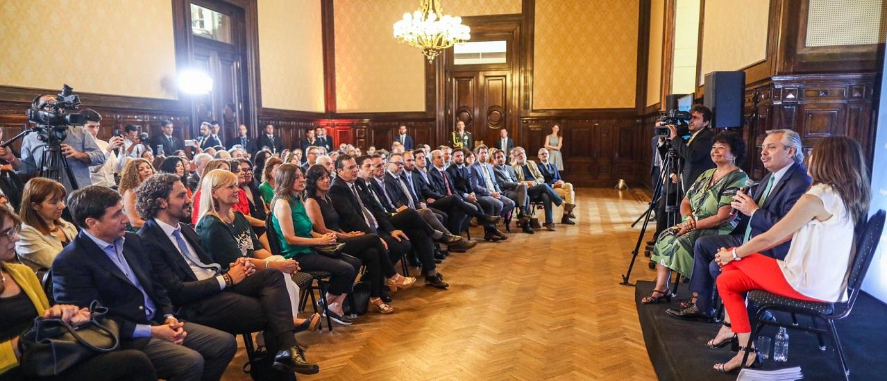 Ley Micaela: tanto Alberto Fernández como Mauricio Macri se capacitaron contra la violencia de género