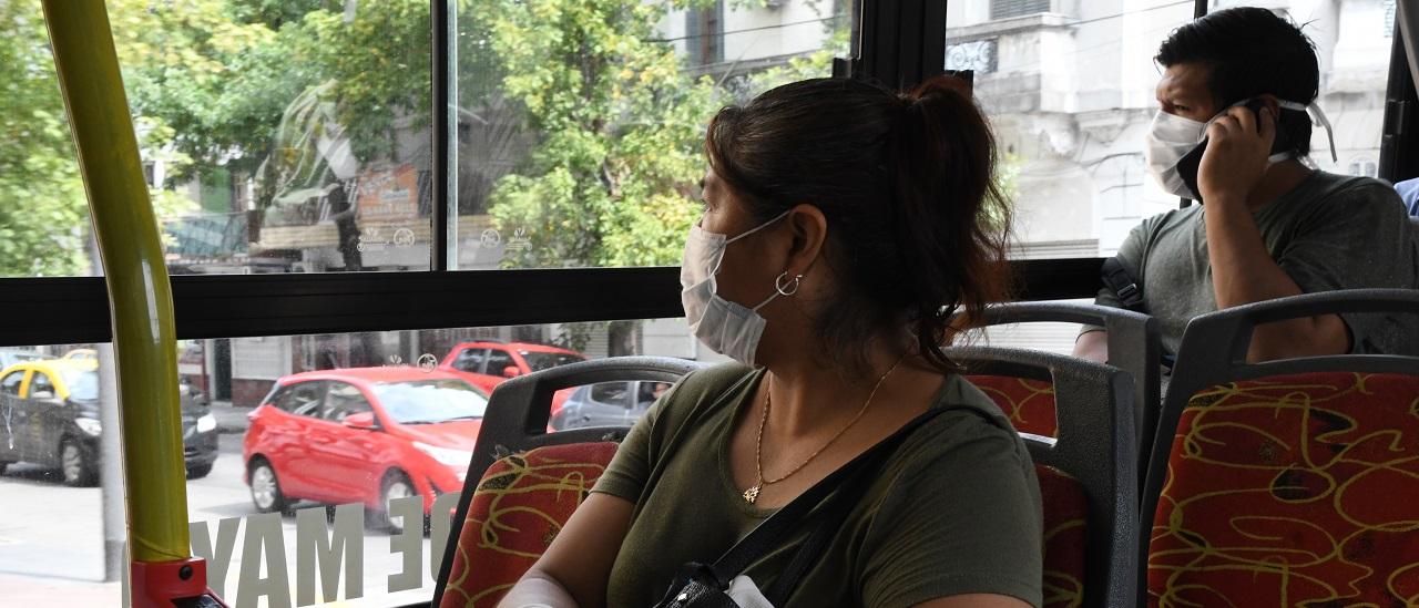 Transporte público: quiénes lo usan más y qué pasa en la cuarentena