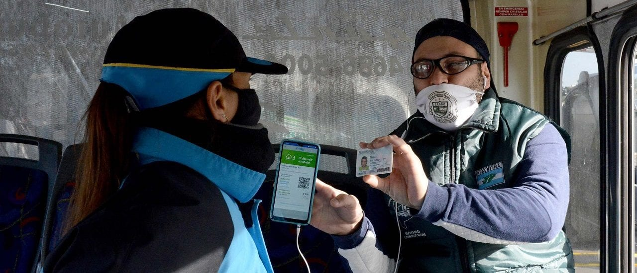 Cómo se saca el nuevo permiso para movilizarse en transporte público o vehículo propio