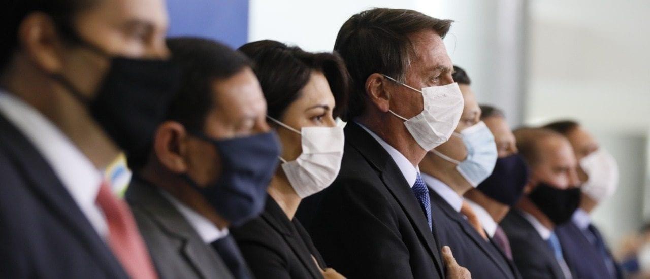 Qué evidencia existe sobre la hidroxicloroquina, medicamento que tomó Bolsonaro, que dio positivo de coronavirus
