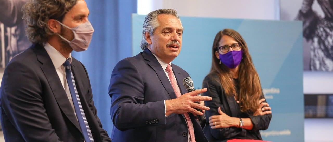 """Alberto Fernández: """"Desde la recuperación de la democracia murieron más de 3 mil mujeres por esa causa"""""""