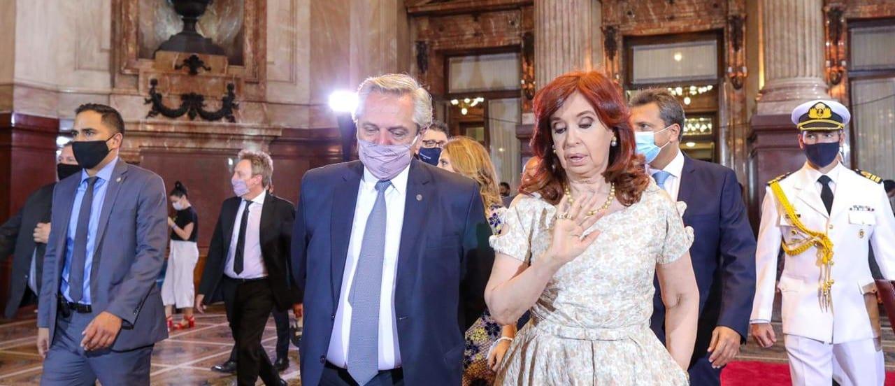 Por qué está mal que CFK no usara barbijo en el Congreso pese a estar vacunada