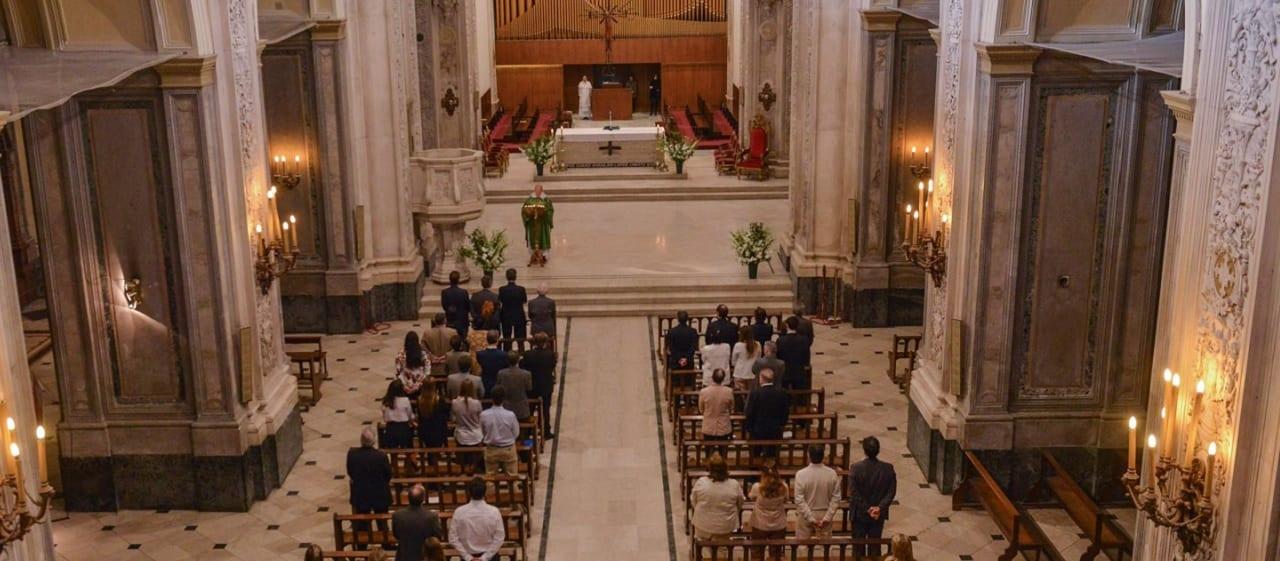 Creencias en la Argentina: hay menos católicos y más evangélicos y personas sin religión