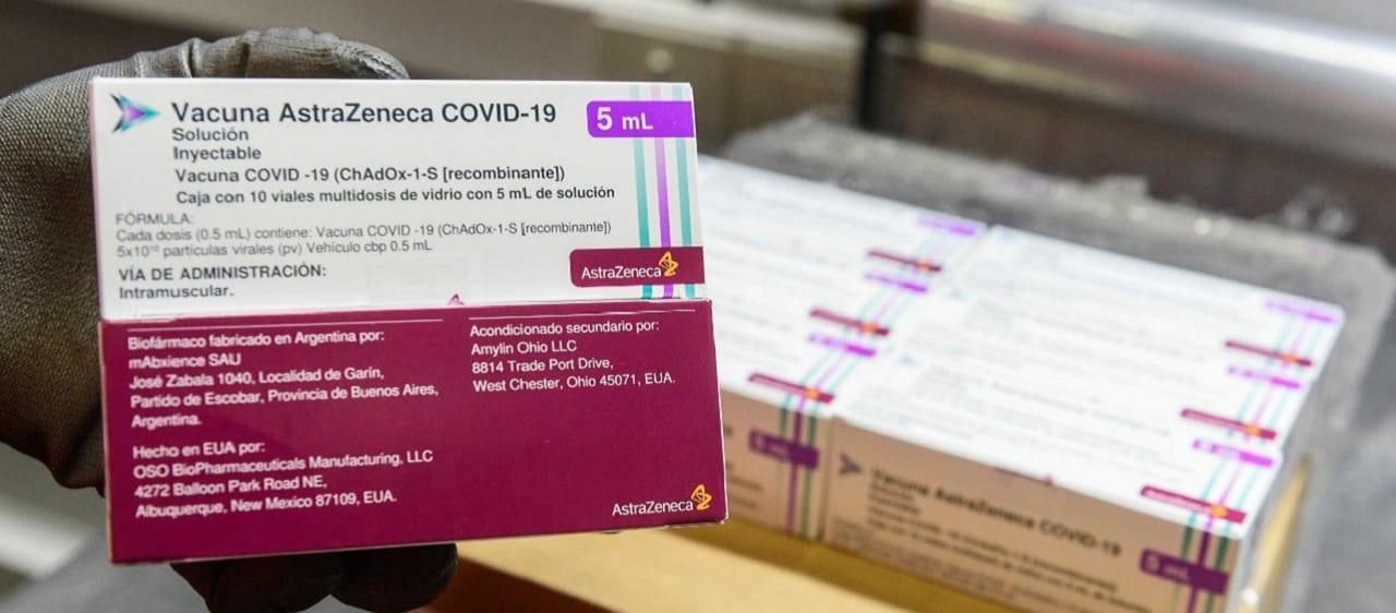 Cinco desinformaciones sobre la vacuna de AstraZeneca contra el coronavirus