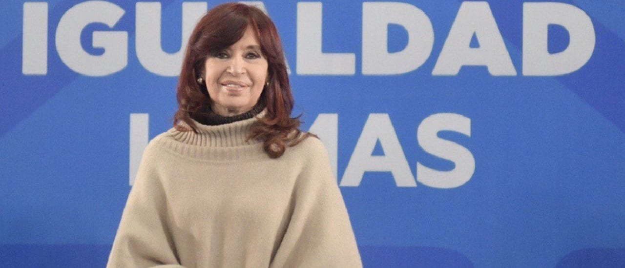 """CFK, sobre el PBI: """"Crecimos en 2013 y 2015. Terminemos con el mito este de que hace 10 años que nadie crece"""""""