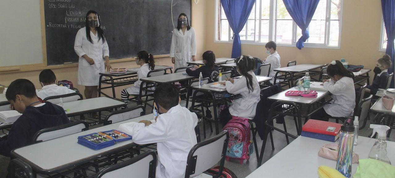 Desigualdad en la educación: solo 3 de cada 10 personas de los sectores de ingresos más bajos terminan la secundaria