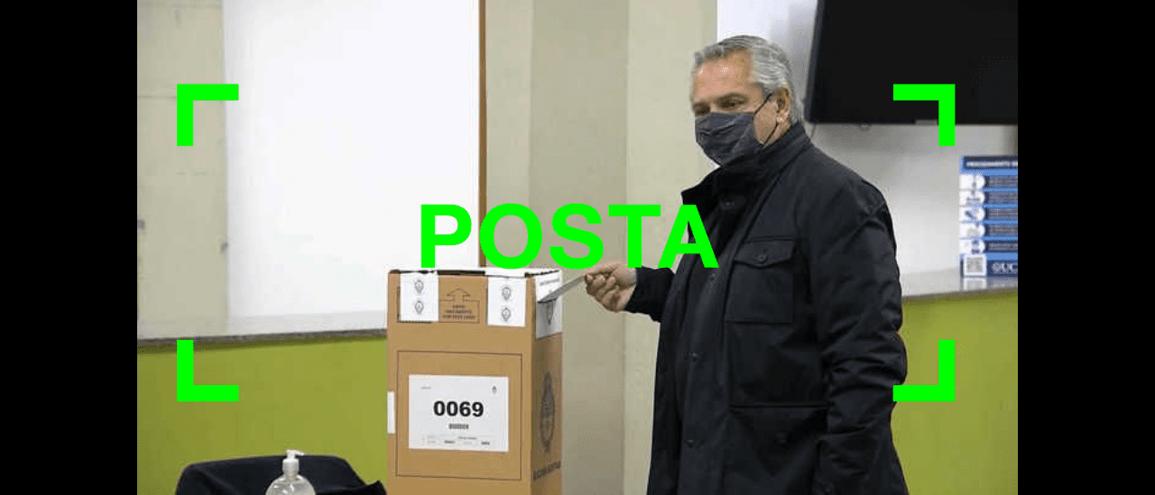 Son verdaderas las fotos del Presidente votando en una urna con una faja de seguridad cortada y la Justicia investiga